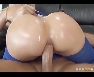 Super Sexy Wet & Oiled Teen Figures Fucking Wild Compilation