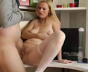 Mom alone at Home - Fuck my mature Cunt