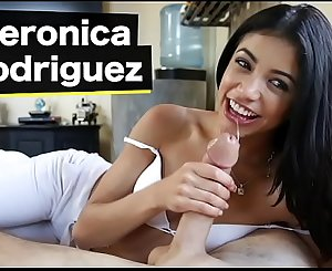 BANGBROS - Petite Latina Veronica Rodriguez Goes From The Beach Onto A Big Dick